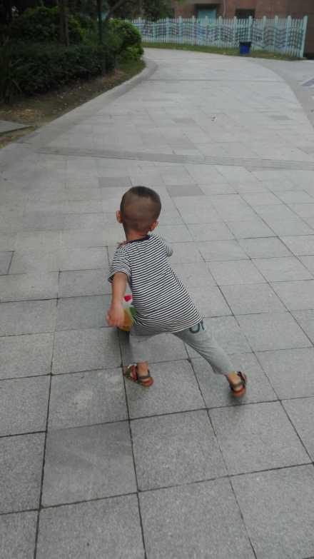 宝宝两岁半,好小个,语言发育迟缓